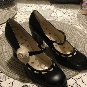 highlights Shoes - Highlights women's heels, size 8