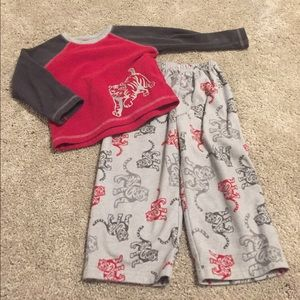 Carter's Other - Precious 2T tiger pajamas