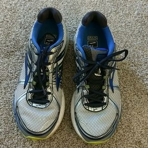 Brooks Other - Men's Brooks Running Shoes 10.5