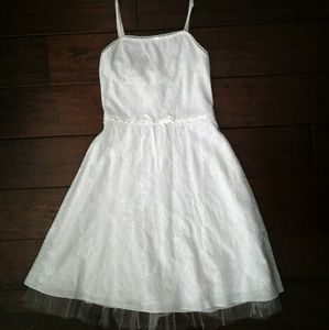 Un Deux Trois Other - White eyelet sundress with tulle bottom