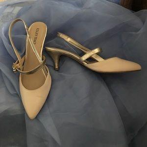 Ellen Tracy Shoes - Cream kitten heels