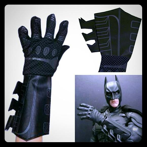 Batman Dark Knight Gauntlet Gloves & Costumes | Batman Dark Knight Gauntlet Gloves | Poshmark