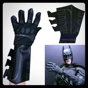Batman Dark Knight Gauntlet Gloves