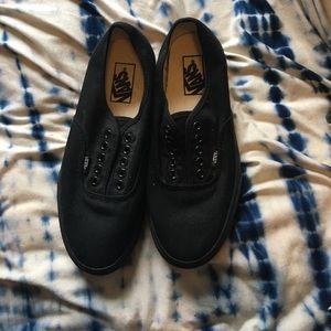 Vans Shoes - nwot black classic vans
