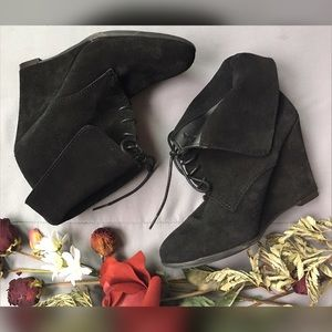 Zara Shoes - Zara NWOB Leather Lace-Up Fold Over Wedge Boots
