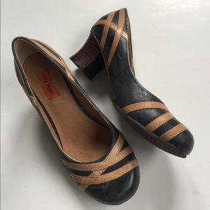 Miz Mooz Shoes - Almost new Miz Mooz leather heels