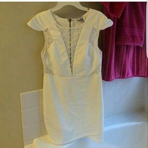Sabo Skirt Dresses & Skirts - Sabo skirt white dress with lace plunge