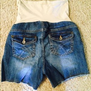 Pants - Maternity cut off denim shorts