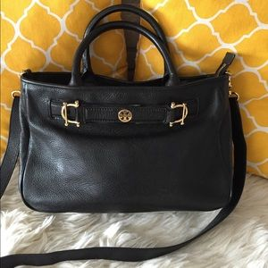 Tory Burch Handbags - 🌸OFFERS?🌸Tory Burch Pebbled Leather Satchel