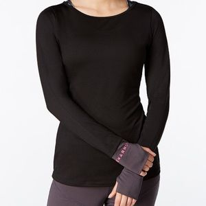  NWT Jessica Simpson The Warmup Compression Top