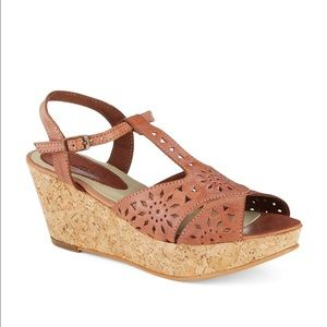 matisse Shoes - New Matisse Sweet Cork Wedges Cut Out Leather 6