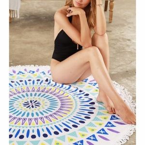 Lulupie Other - Microfiber Terry Cloth Beach Cover up/ Throw