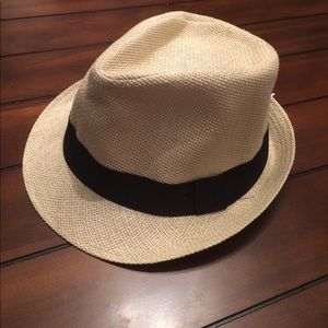Wilsons Leather Other - Black Banded Straw Fedora