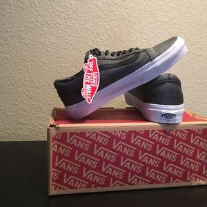 Vans silver black embossed stingray NEW