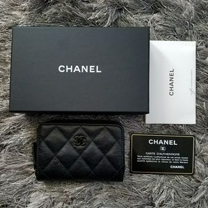 CHANEL Handbags - Authentic RARE CHANEL So Black Zippy Coin Purse