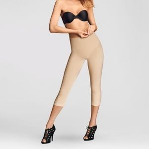 Maidenform Other - New Maidenform Shaping Capri Tights