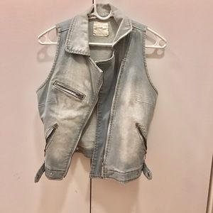 Jackets & Blazers - Cute Light Denim Vest