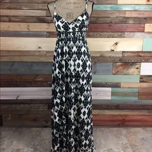 LOFT Dresses & Skirts - Loft Ivory Black Blurred Ikat Pattern Maxi Small