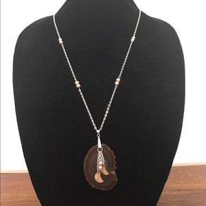 Jewelry - New handmade necklace Agate/pearls/shells.
