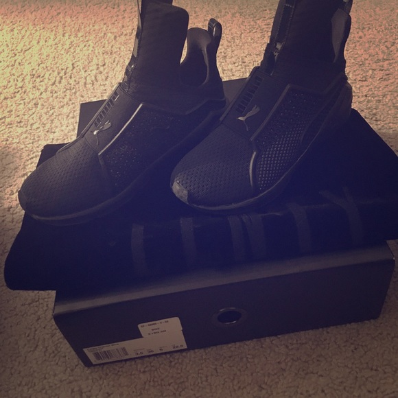 36 shoes rihanna fenty all black shoes from