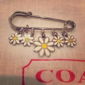 Coach Jewelry - ⚡SUNDAY ️SALE⚡️Coach safety pin