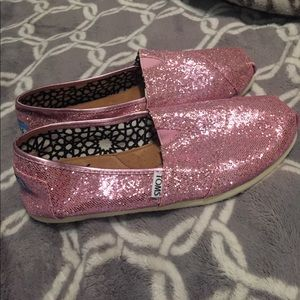 TOMS Shoes - Sparkly pink toms