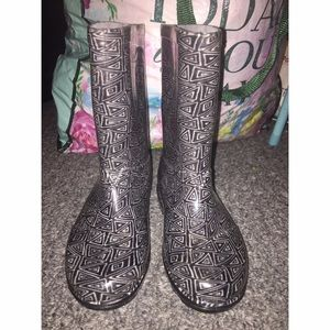 TOMS Other - Toms rain boots