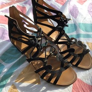 NEW Report Strappy Sandal