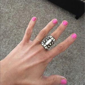 Stylish Boho-chic ring-NWT Ivory and gold *size 6