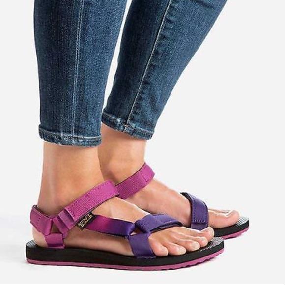 a8ba8c070 Teva Original Universal Gradient Pink Purpl Sandal