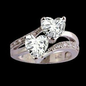 Jewelry - Beautiful Double Heart ring