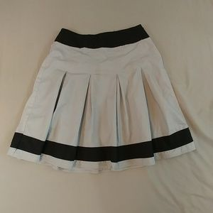 Dresses & Skirts - Cute Gray & Black Skirt with Pleats