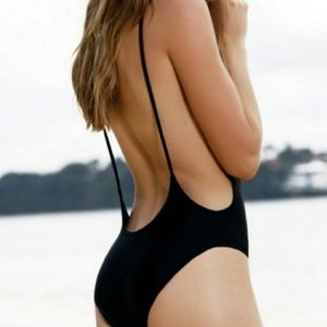 One piece bathing suit for @amberrbacon