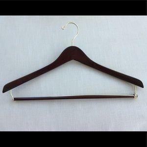 Contoured Wood Hanger