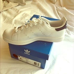 Adidas Shoes - Brand New Adidas Stan Smith!!!!