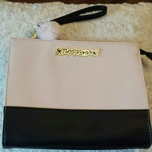 Betsy Johnson  Handbags - Betsy Johnson NWOT Blush Wristlet