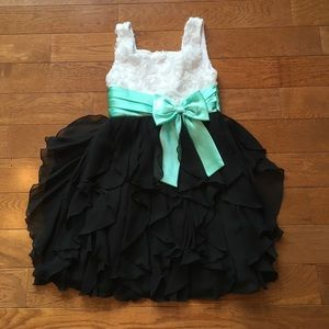 Rare Editions Other - ❤️Girls Formal Dress❤️