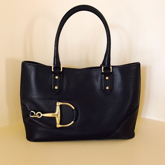 adacfae0e73 Gucci Handbags - Gucci Black Leather Purse with Gold Hardware