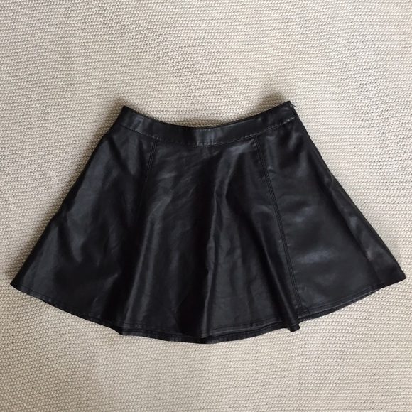 h m take 50 h m faux leather skater skirt from