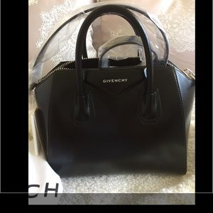 Brand New Givency Small Smooth Antigona