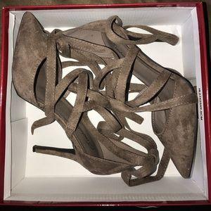 Breckelles Shoes - Lace-up pumps