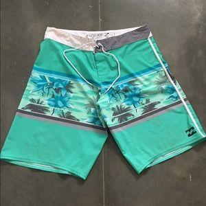 Mens billabong performance stretch board shorts