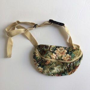 Unbranded Handbags - Vintage Carpet Bag Print 'Granny' Fanny Pack