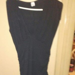 Isis Dresses & Skirts - ?? FREE SHIPPING??Little black dress