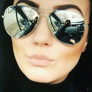 Accessories - Gray/Silver Mirrored Aviator Sunglasses