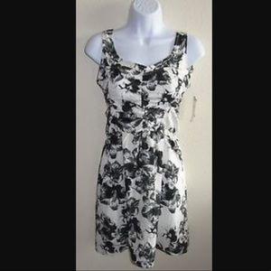 Element Dresses & Skirts - [•NEW•] Floral Cutout Dress 🌸