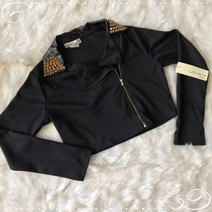 Jackets & Blazers - Black jacket with studs😎