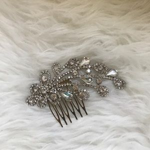 boutique Accessories - Crystal hair comb