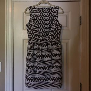 Milly Dresses & Skirts - Milly brown and white print dress