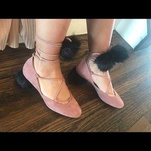 Zara Shoes - Blush/black fur strapped sandals😍